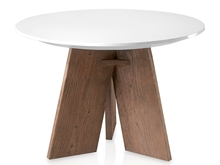 Mesa comedor redonda en patas triangulares